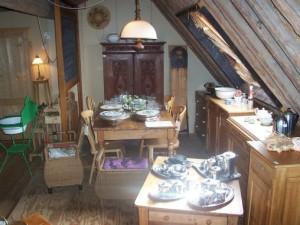 Antiek Geloogd Grenen Tv Kast.Antieke Meubelen Pieter Francis Hoeve